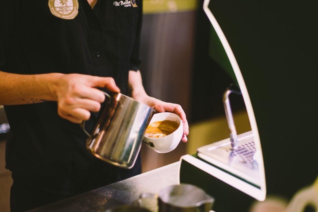 di bella coffee DII7L2ozFJ8 unsplash