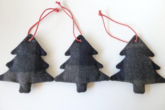 Muji ornaments